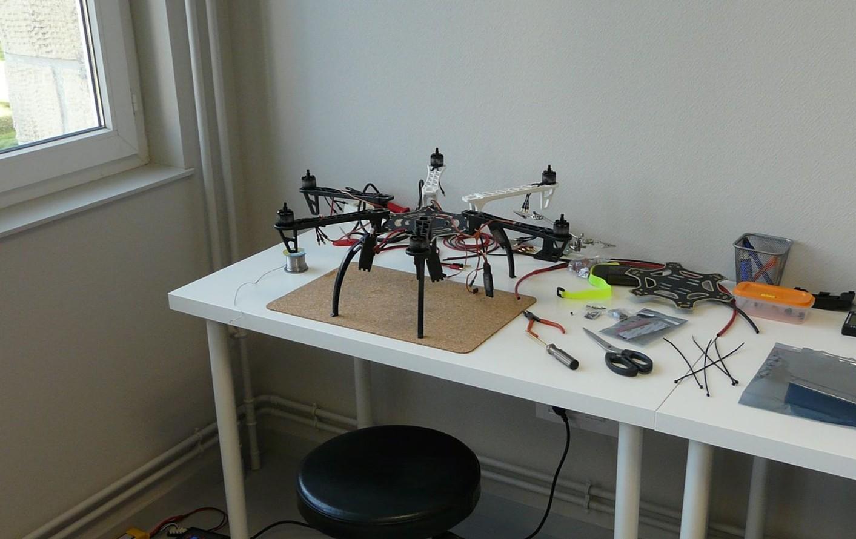 f550 drone decole
